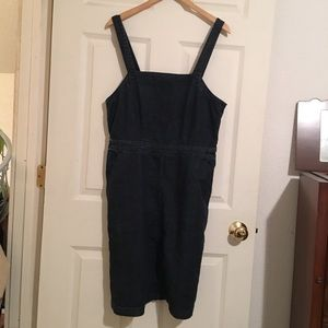 Universal Thread Denim Bib Skirt. Size 12.